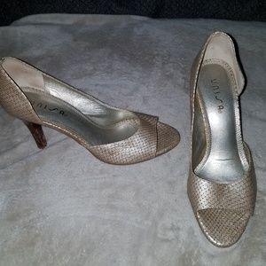 Unisa Champagne snakeskin heels